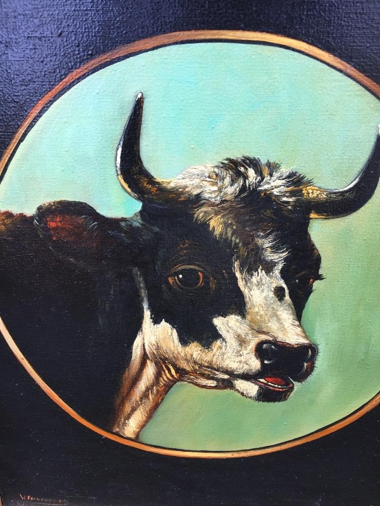 Cow in a medaillon